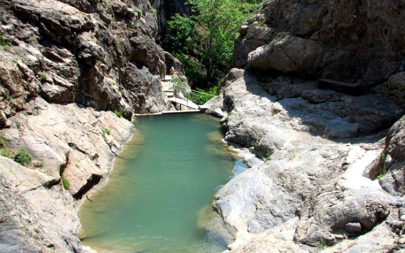 Ванна для купания на тропе