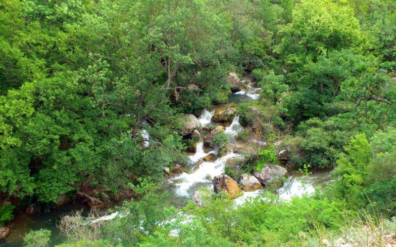 Перекаты в каньоне Чернореченском