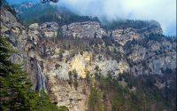 Обрывы Ай-Петри и водопад Учан-Су