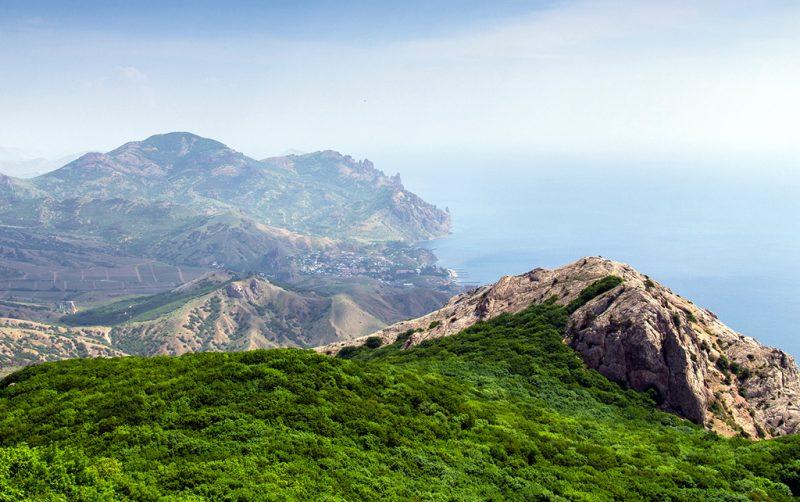 Панорамма с горы Эчки-Даг