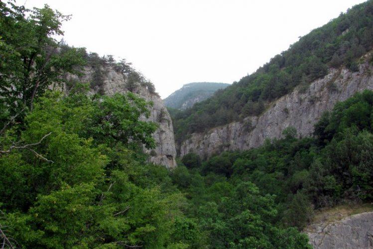 Чернореченский каньон
