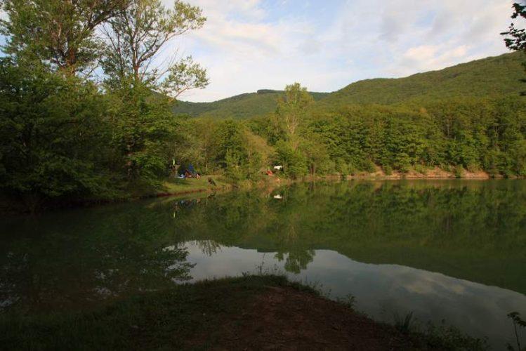 Стоянка у озера Ворон