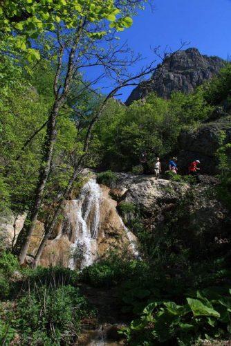 Ускут Водопады